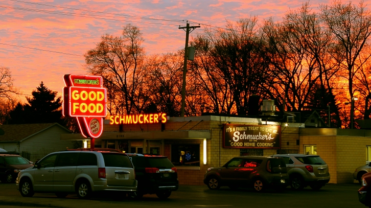 """""""There's always Room for Pie"""" Sunset. Schmuckers Diner. Toledo,OH. December 20, 2017.Brian Purdue https://wp.me/p638a9-4s"""
