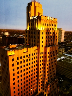 """""""Invest in Gold"""" Sunrise on the PNC Building. Downtown Toledo, OH. December 11, 2017. Brian Purdue"""